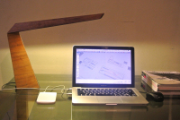 Using High Powered LEDs,This Transformable Table Lamp Takes Lighting to a New Level