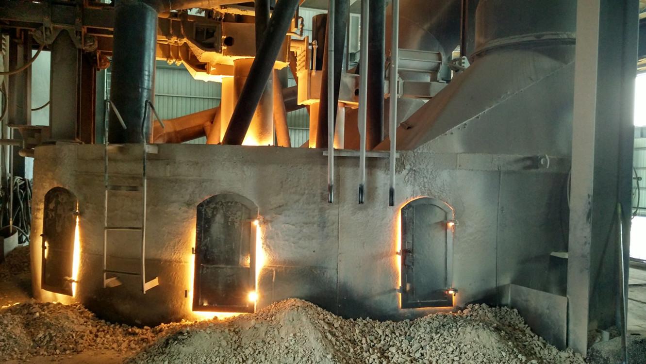 4000KVA Brown fused alumina tilting arc furnce.