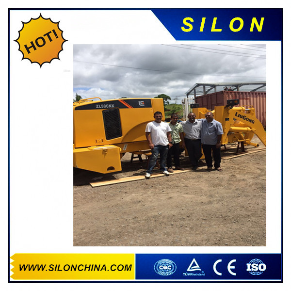 customer and the Liugong ZL50CNX Wheel loader what they have bought