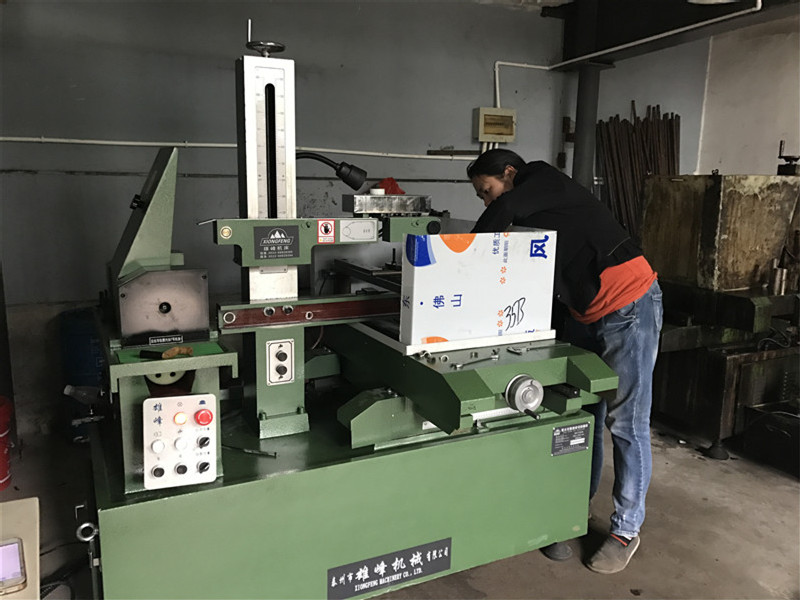 Wire- electrode cutting PTFE Ram extrusion machine for rod