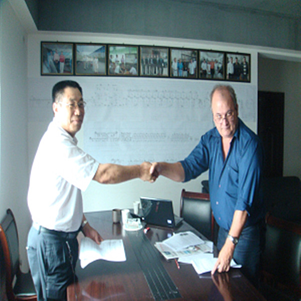 Paraguay customer signs purchase contract with my company