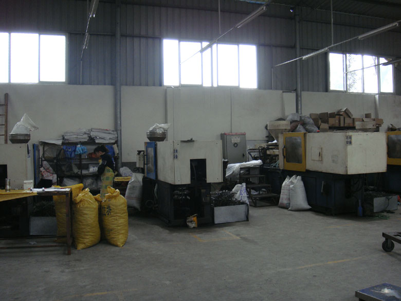 The Spacer Machines