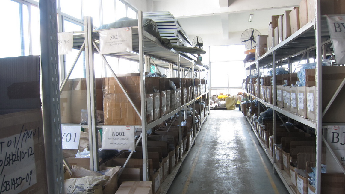 product_warehouse_2