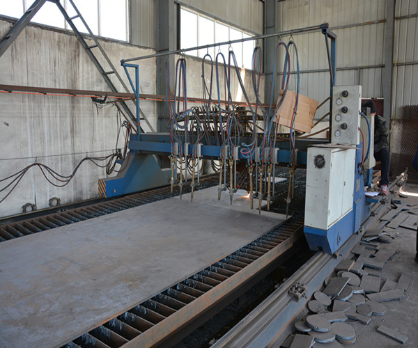 New Automatic Cutting Machine for Feeding Material