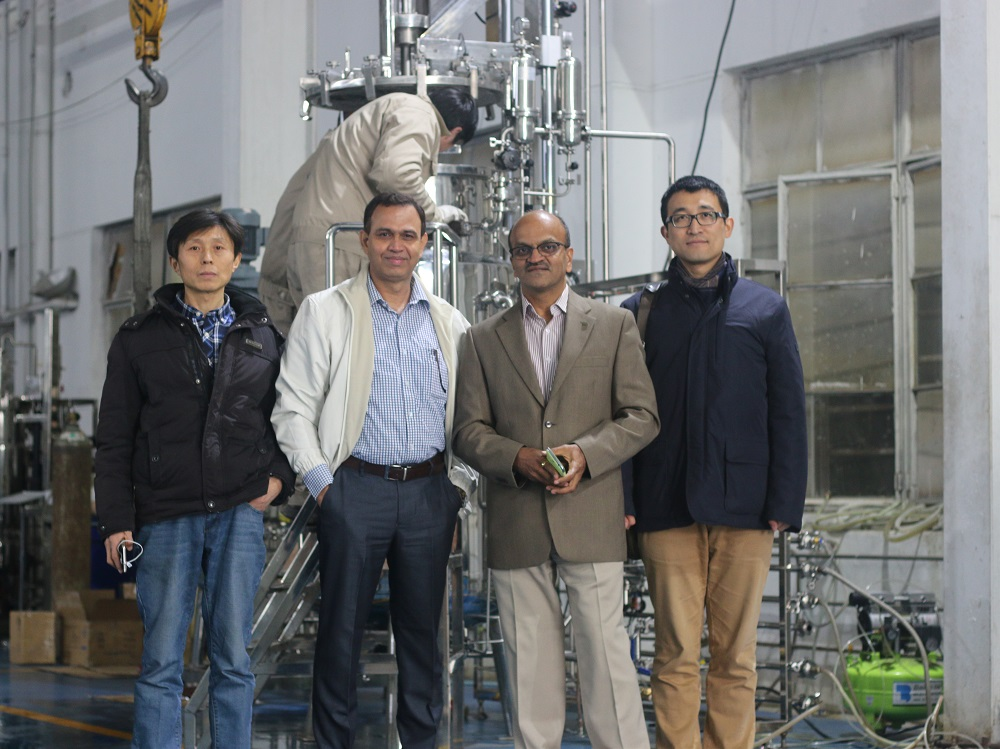 India customers in our compny(500 liters stainless steel fermenters)