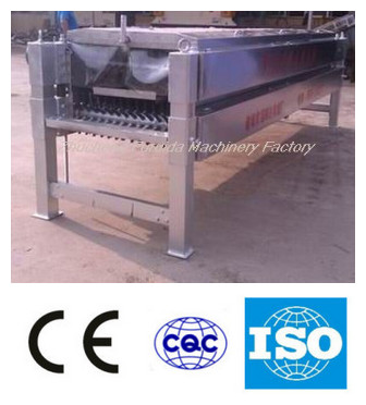 Peeling feather machine for chicken slaughtering