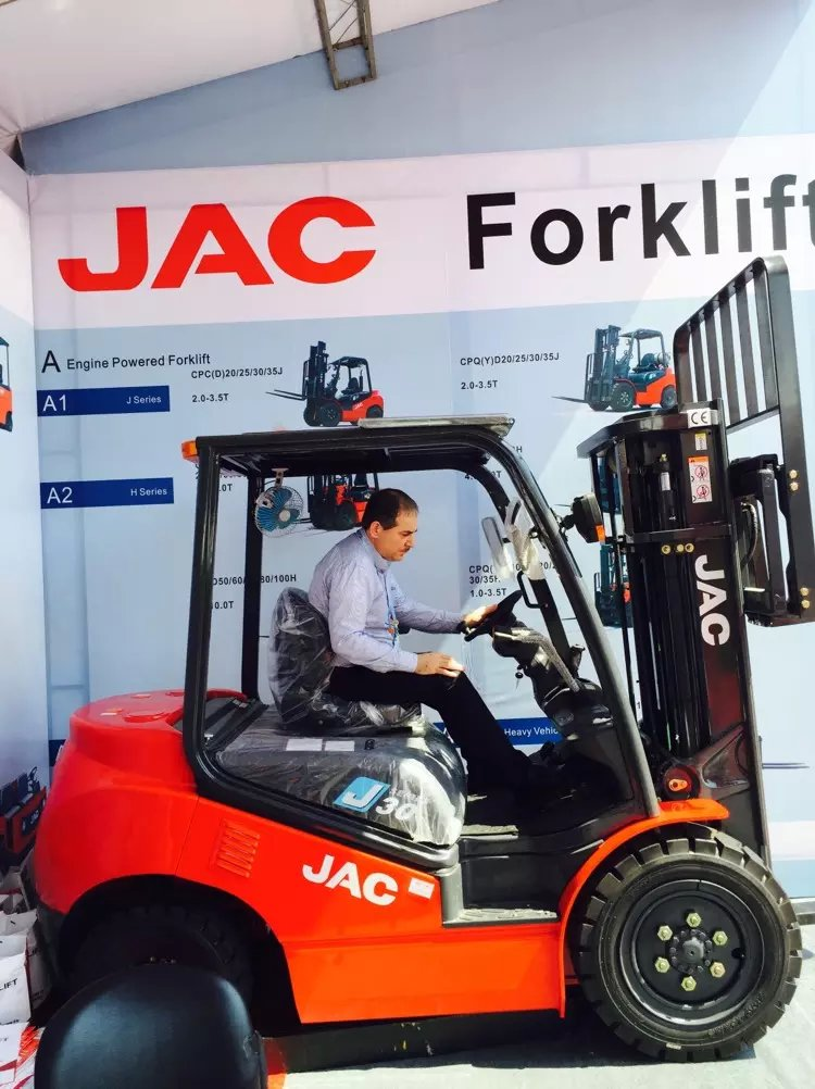 JAC forklift's customers at 118th Caton Fair