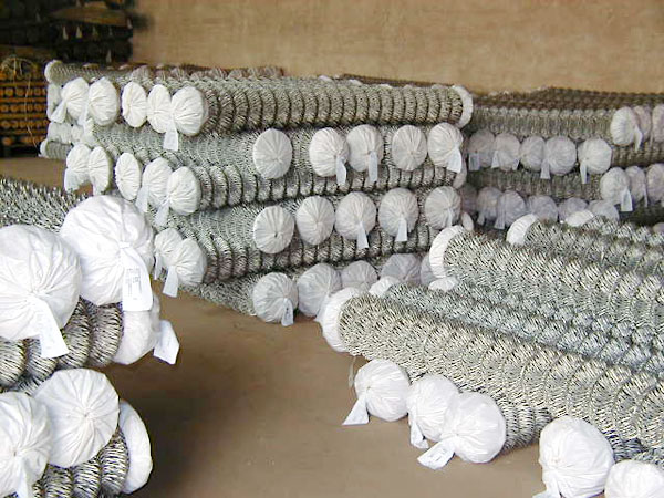 2.5mmX1.8MX12M,Hot Dipped Galvanized Chain Link Mesh