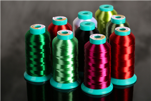 Untwisted embroidery thread for machine