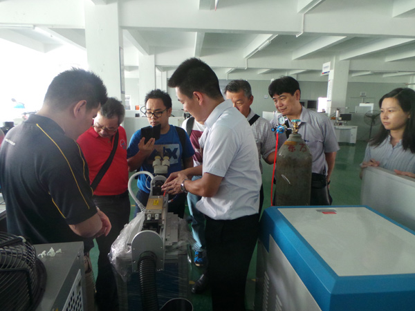 Training of laser welding machine