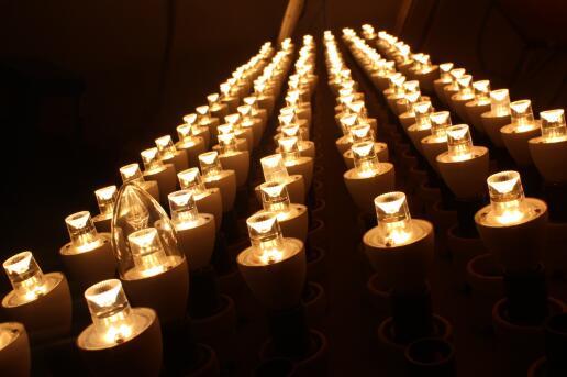 5w LED candle light testing