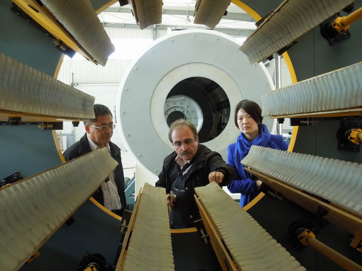 UAE customer test Large caliber PE pipe extrusion line