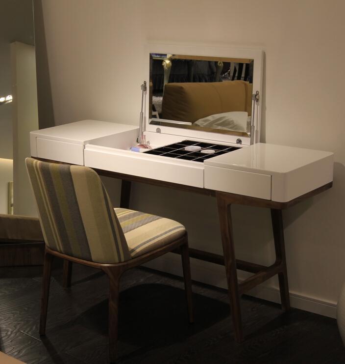 Modern Wooden Dresser