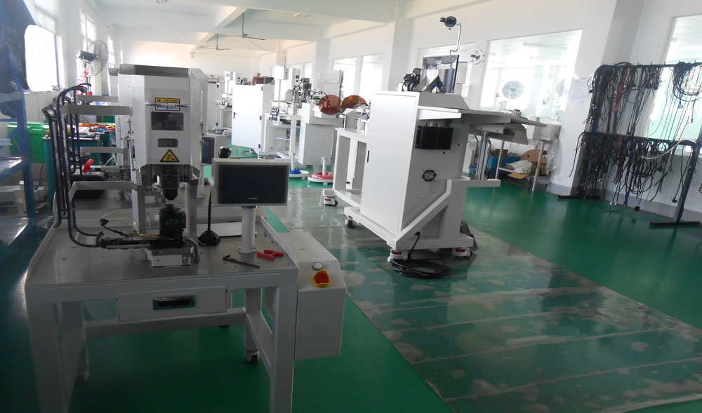 Full automatic high precise equipment production workshop