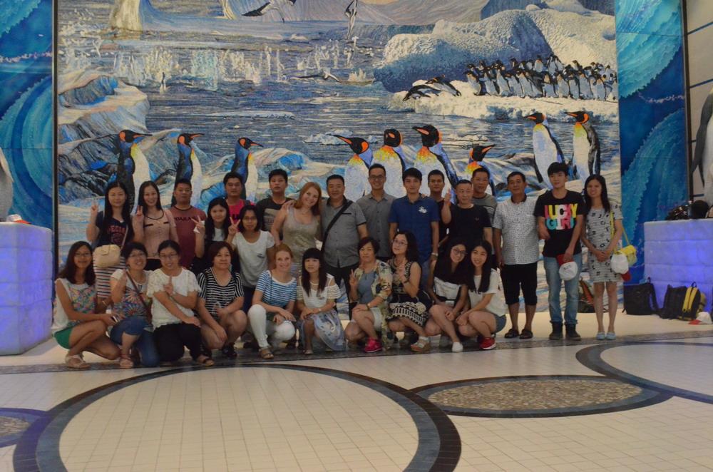 2015 Poolking family enjoy Zhuhai Chimelong Ocean Kingdom
