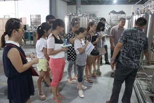 Products knowledge training about soy-bean production line.