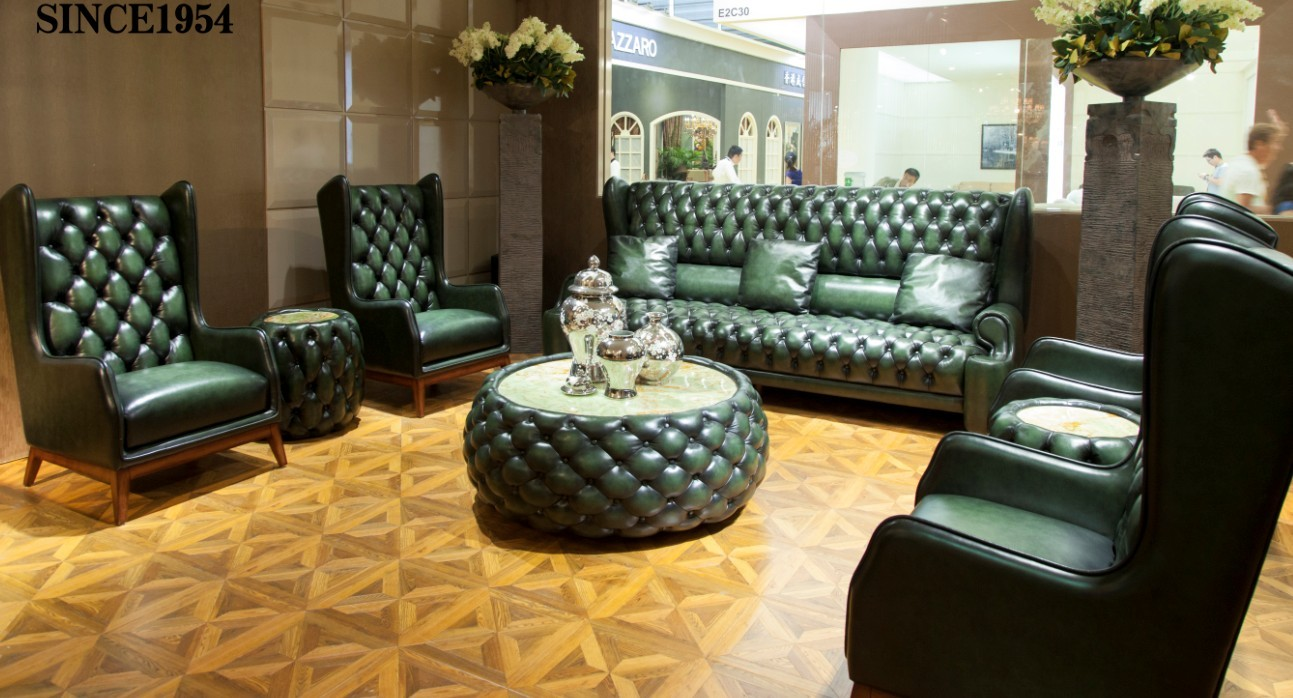 HOT CLASSIC LIVING ROOM COLLECTION IN BONLIVING BOOTH