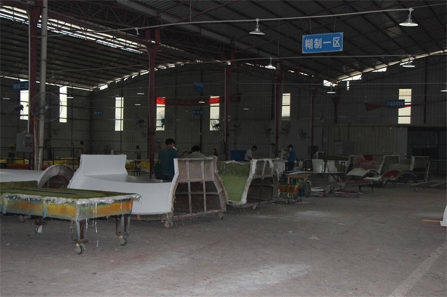 Fiberglass processing workshop