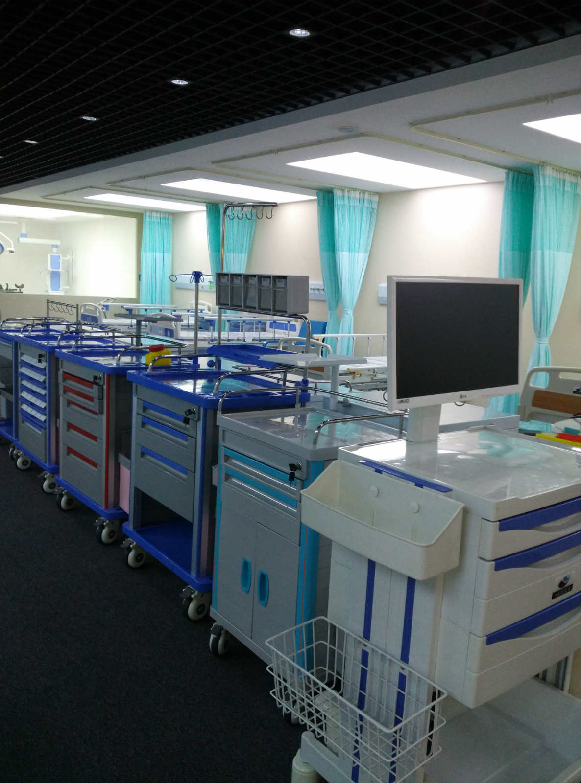 Gold hospital furniture supplier