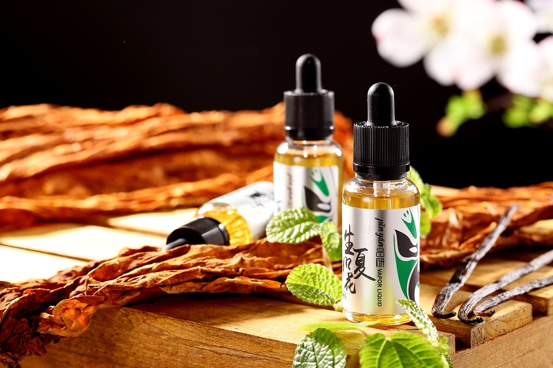 Living as Summer Flower /Mint and Tobacco Flavor E-liquid