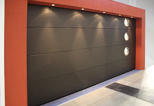 Beijing Hong Risheng released a new perspective door, welcome new and old customers to book !
