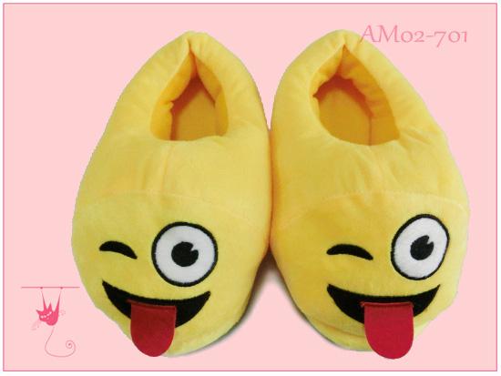2017 hot popular emoji slippers