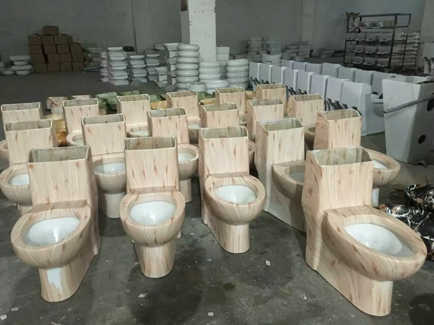 Wooden or Stone Colors of Ceramic Toilet