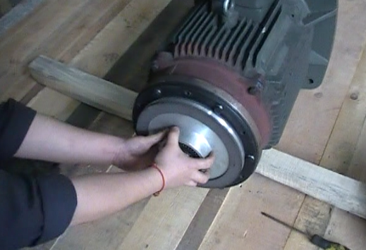 Steps to change the key and install the motor brake
