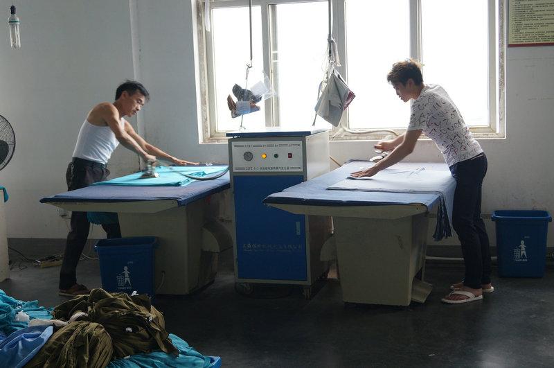 2)ironing