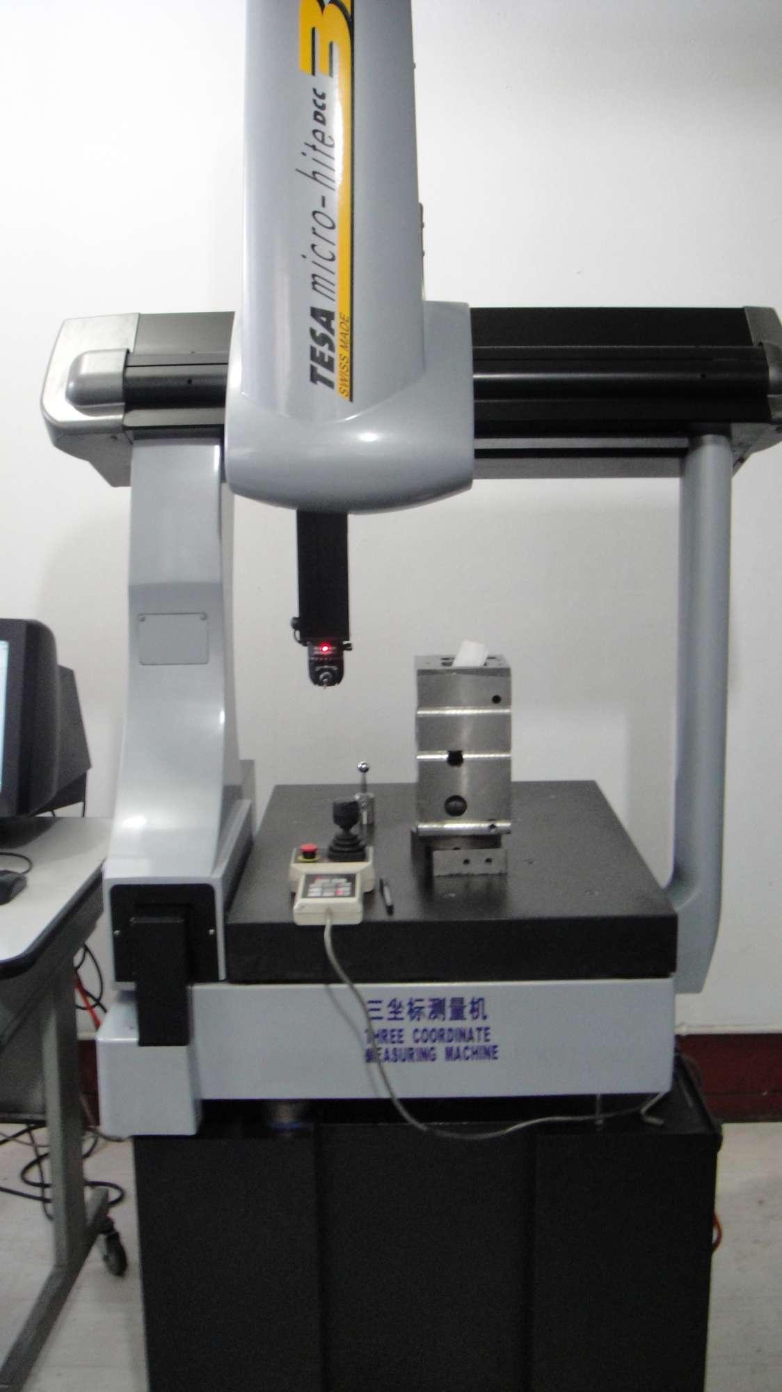Three Coordinate Measuring Machine