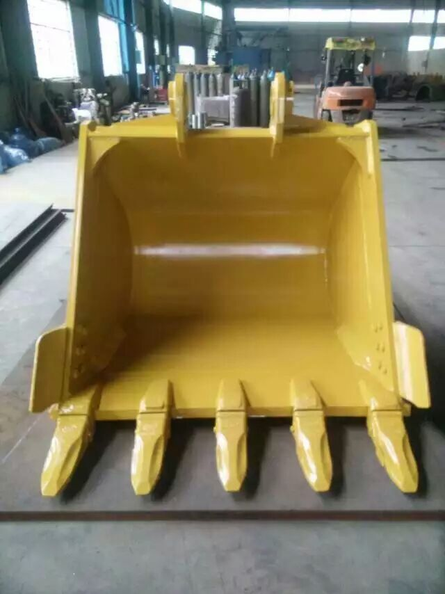 Excavator Bucket Assembly with Bucket Teeth and Adapter