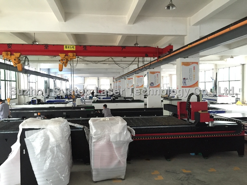 Metal laser cutting workshop-4