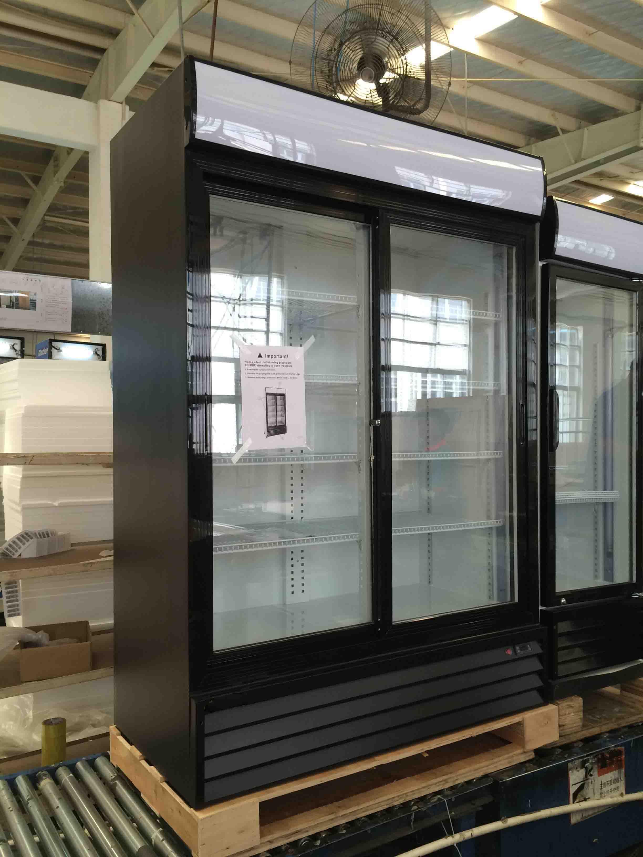Apex Black Color Cooler