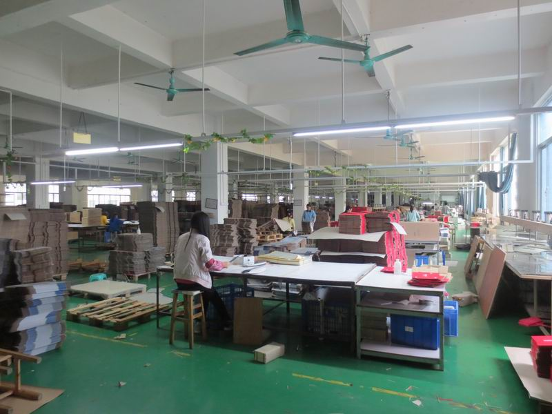 corrugated box workshop