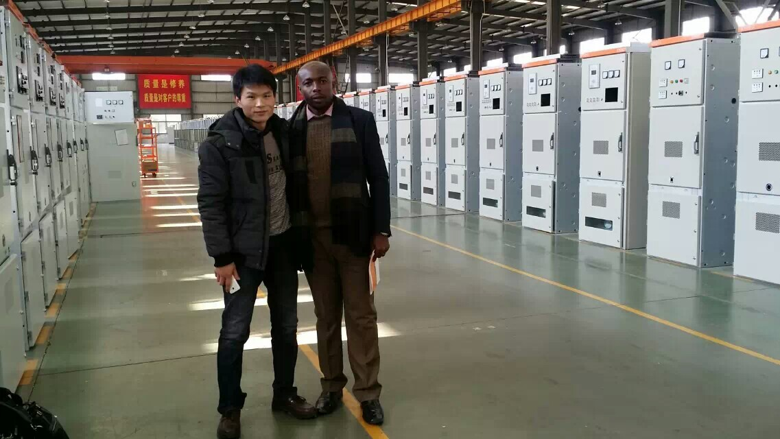 Nigeria customers visit transformer factory