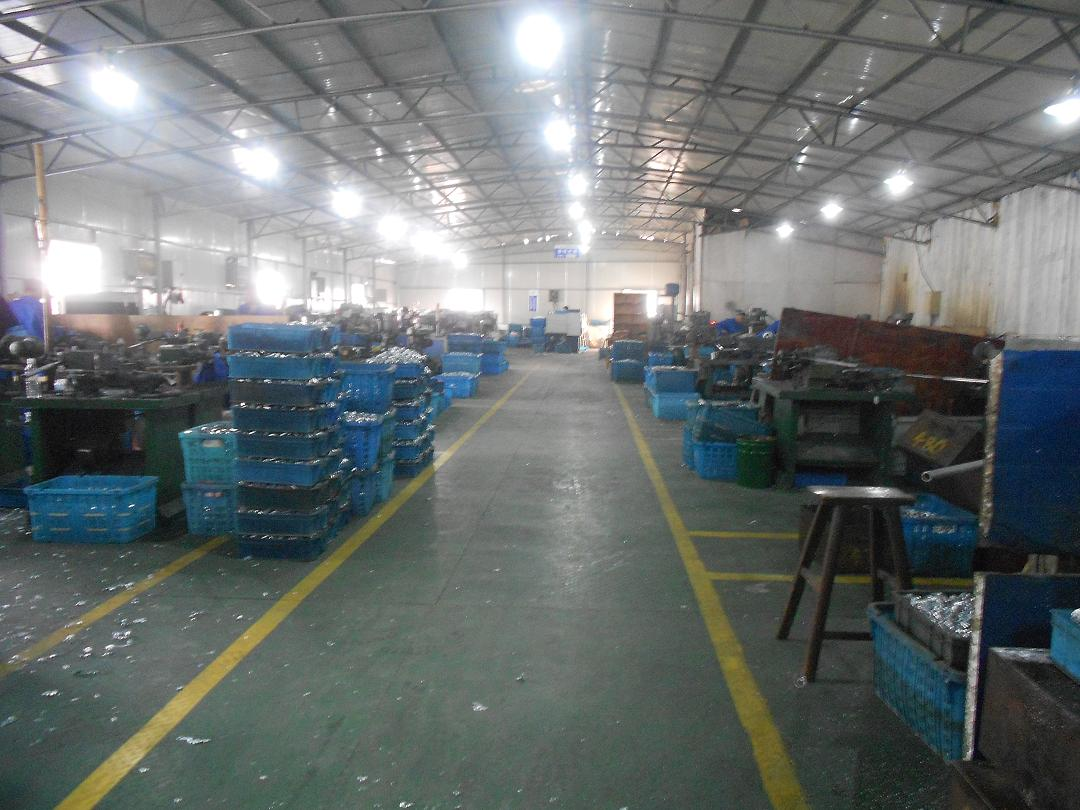 Metal parts machining workshop