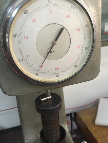 Core hardness test equipment
