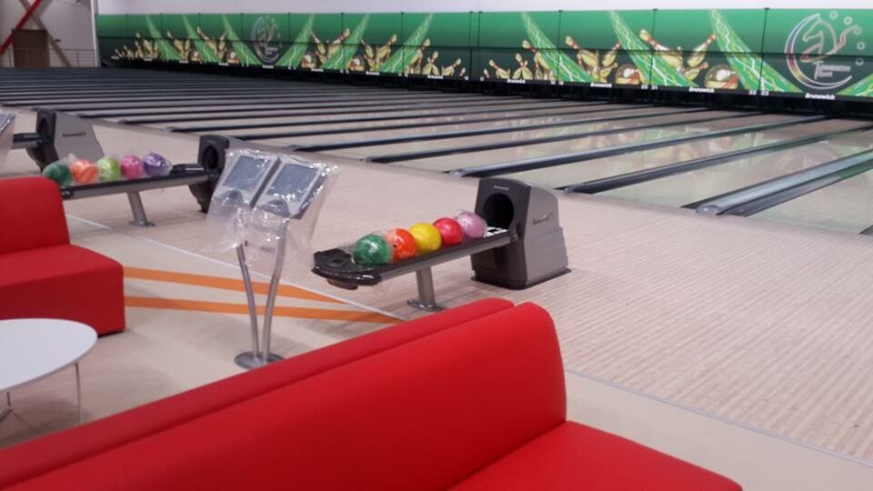 Specifications for bowling equipment and products