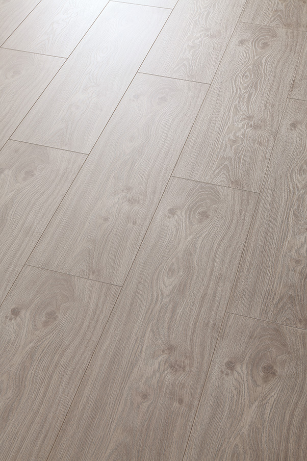European style Embossed-in-Register(EIR) HDF Laminated Floor