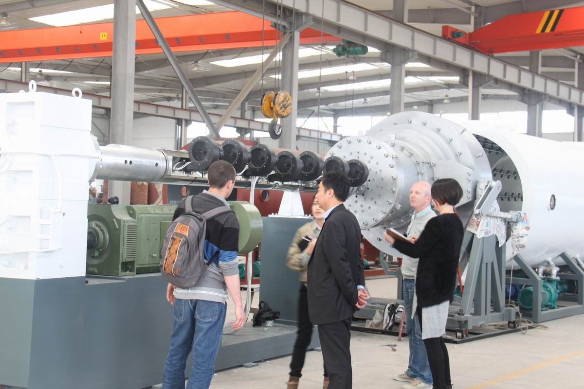 French customer visit large caliber PE pipe making line