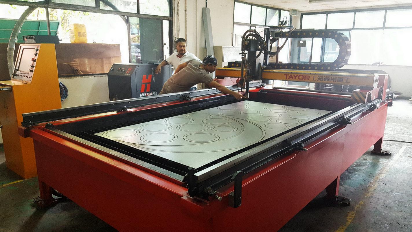 Table Type CNC Plasma and Flame Cutting Machine to Malaysia Customer