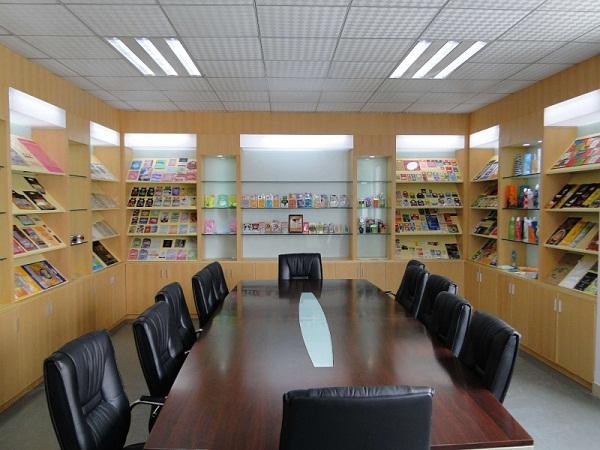company meeting room 002