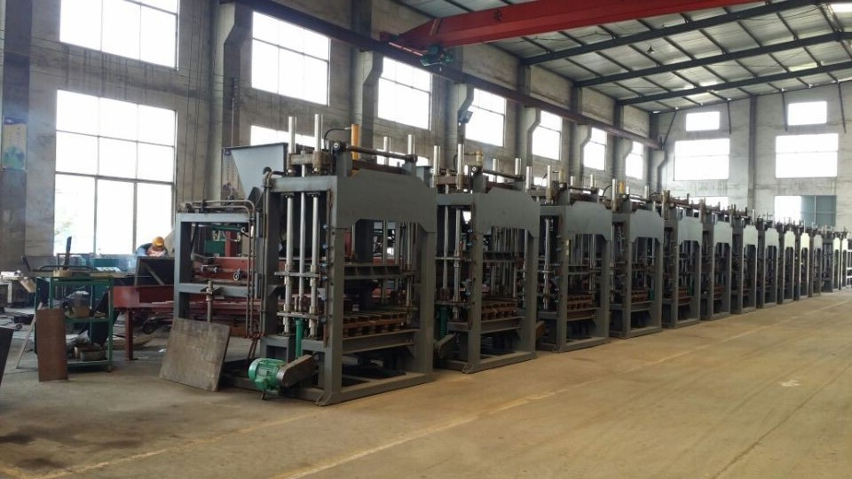 semi automatic hydraulic concrete block machine