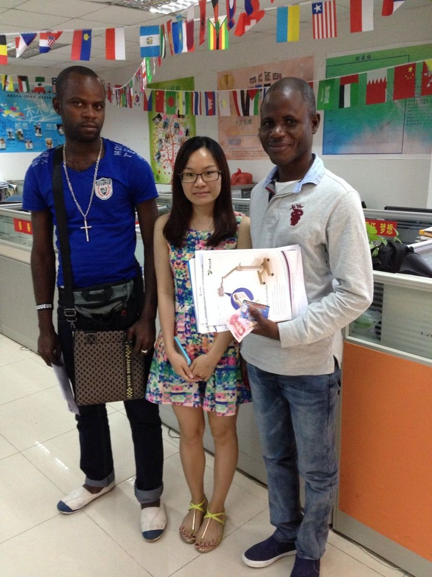 Regular Angolan customers with Monica