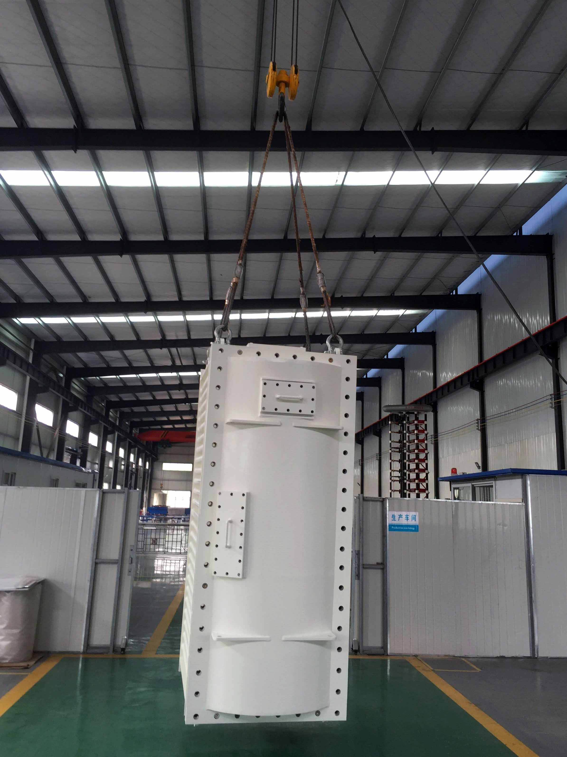Mining Flame-proof Transformer Which can be vertical lifted