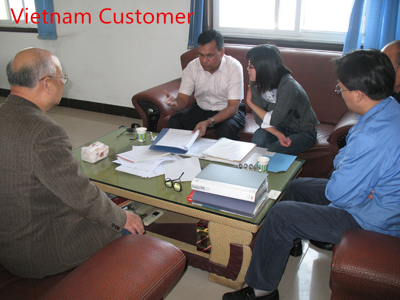 Vietnam customer was talking high efficiency Hepa air filter with us