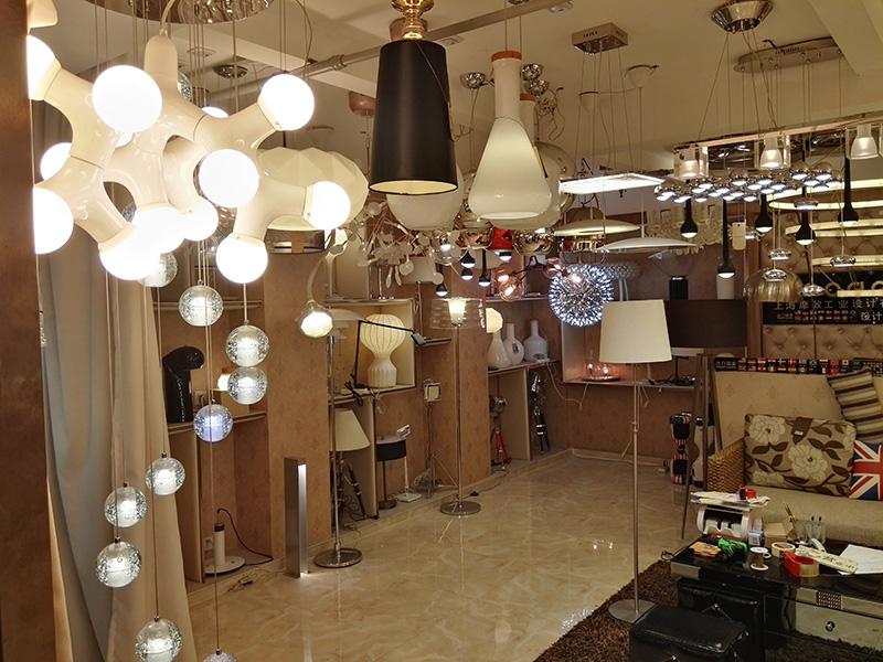 lamp show 4