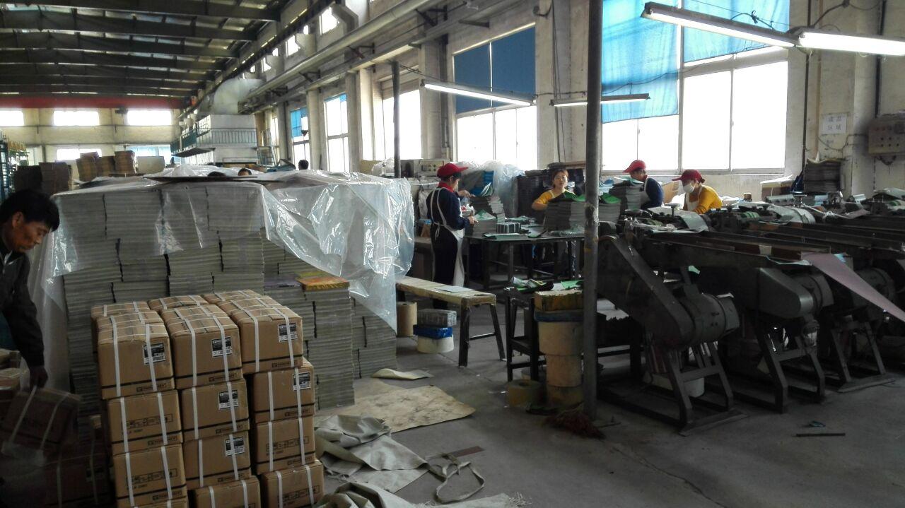 Packing line for sandpaper