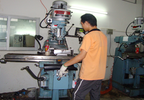 Mold Manufacturing Plant