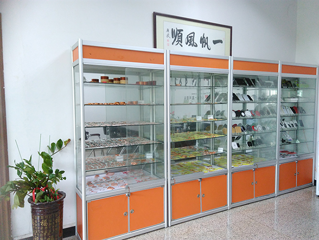 Coil sample cabinet